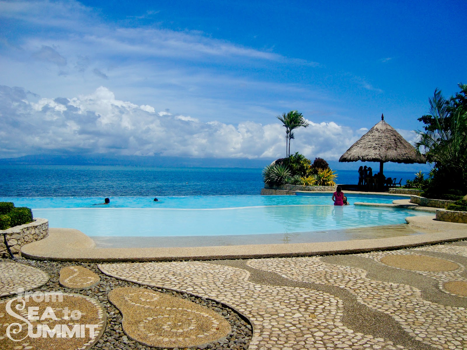La libertad negros lalimar beach resort from sea to for White sand beach vacations