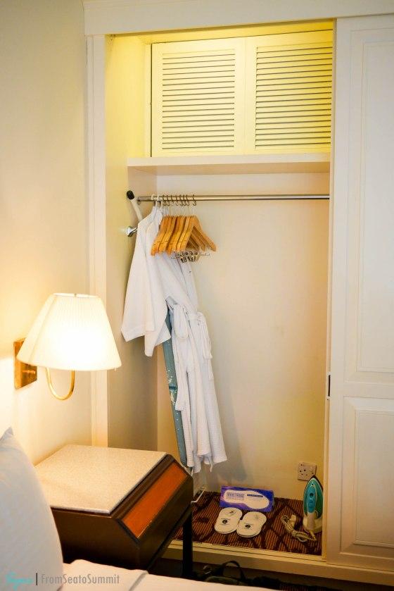 Hotel Istana closet